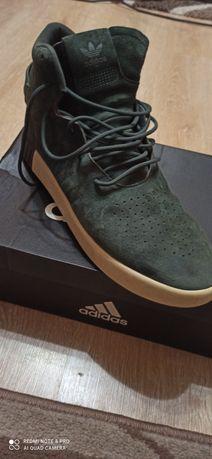 Кроссовки Adidass