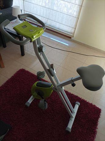 Bicicleta estática como nova e de qualidade + stepper promaster