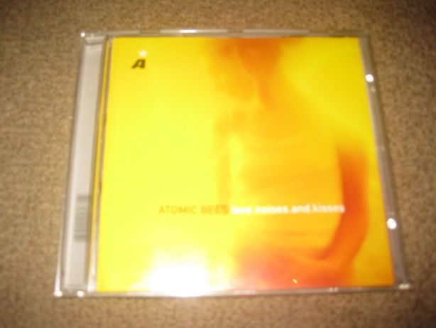 "CD dos Atomic Bees ""Love.Noises.and.Kisses"" Portes Grátis!"