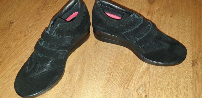Туфли кросовки женские натуральная замша