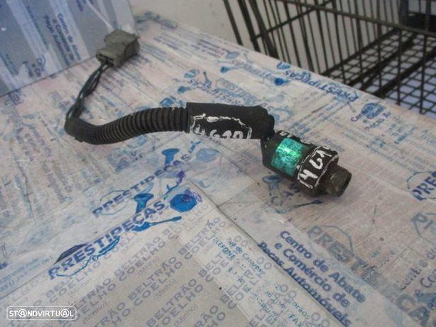 Modulo 7700832447 RENAULT / 19 / 1995 / Interruptor de pressão, ar condicionado /