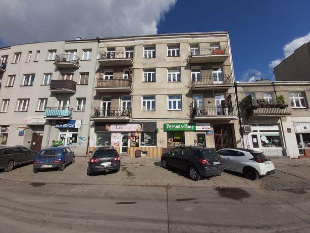 Lokal handlowy, wynajęty, obok Placu Szembeka, ROI 6,5%