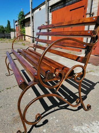Скамейка, лавка садова, кресло-качалка.