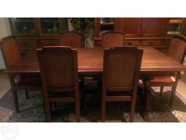 Mesa de Sala Jantar com 8 cadeiras