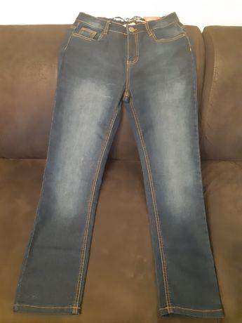 Spodnie dżinsy 158