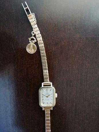 Relógio Omega em ouro para senhora