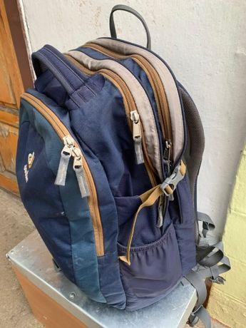 Городской рюкзак Deuter GIGA EL 32 L. Для высоких.