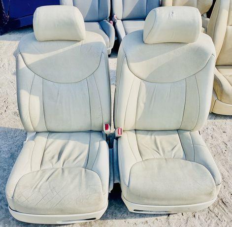 Сидения передние Lexus LS430
