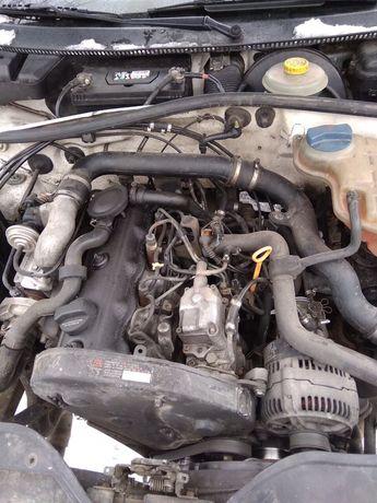 Двигун двигатель ТНВД топливна AFN ahu Passat b5 пассат б5 запчасти