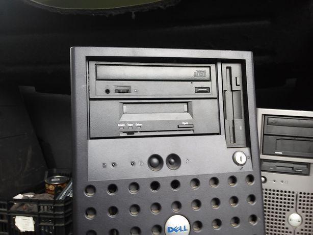 Sprzedam serwer Dell PowerEdge 1600SC, sprawny, używany.