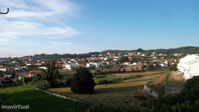 Armazém  Venda em Pinheiro da Bemposta, Travanca e Palmaz,Oliveira de