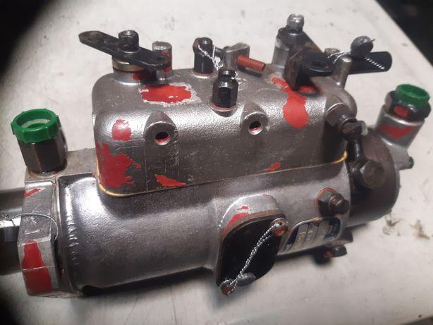 Pompa Mf 4 cylindry