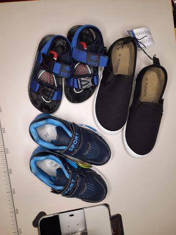 Новая обувь на мальчика ,сандалии,кеды