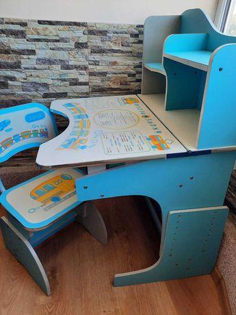 Дитяча парта з кріслом