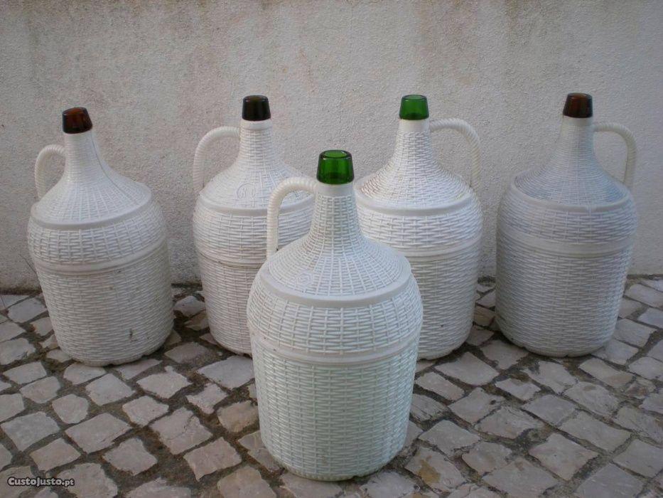 Garrafões de Vidro Gouveia (São Pedro E São Julião) - imagem 1
