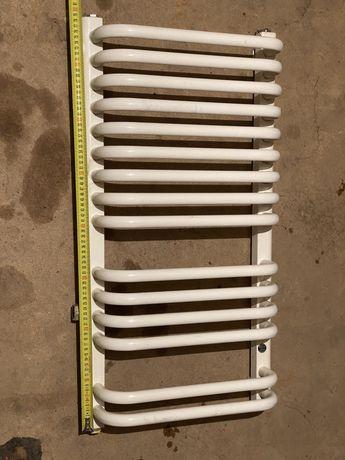 Grzejnik lazienkowy 80x40