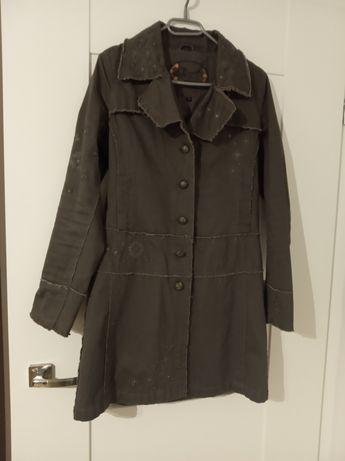 Płaszcz w kolorze khaki rozmiar S