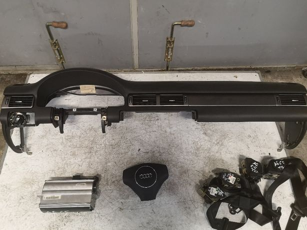 Deska konsola AIRBAG pasy Audi A6 C5