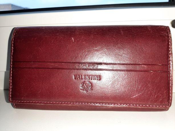 Skórzany portfel damski czerwony