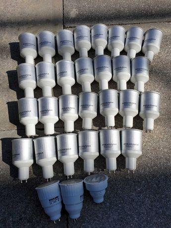 Lâmpadas economizadoras de eletricidade.