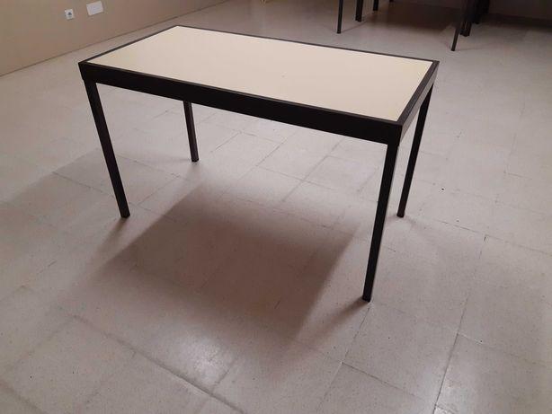 Carteiras Mesas usadas
