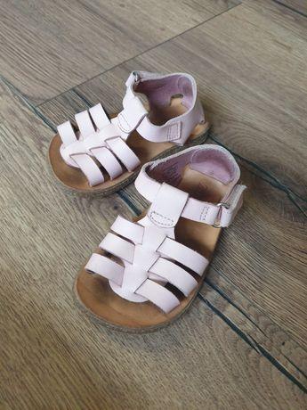 Sandałki dziewczęce rozmiar 21