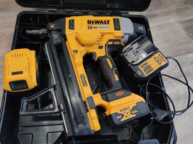 Продам Аккумуляторный гвоздезабиватель DeWALT DCN890P2
