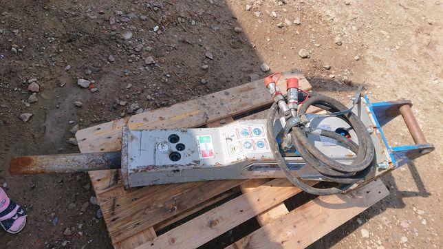 Młot hydrauliczny hm250 hammer