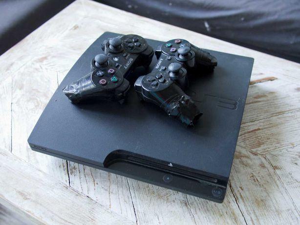 Playstation 3 + dwa pady