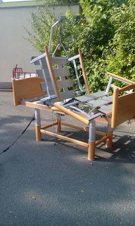 drewniane elektryczne łóżko rehabilitacyjne