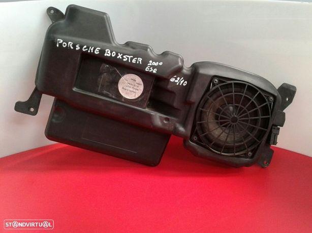 Subwoofer Porsche Boxster (986)