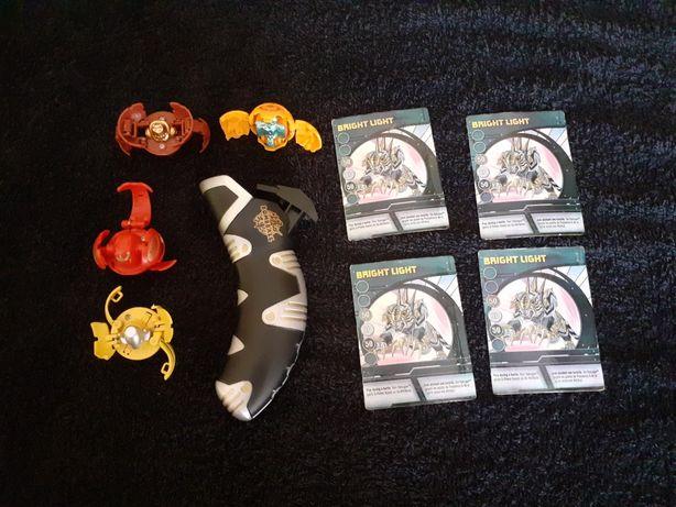 Bakugan zestaw wyrzutnia karty magnetyczne 4 bakugany figurki