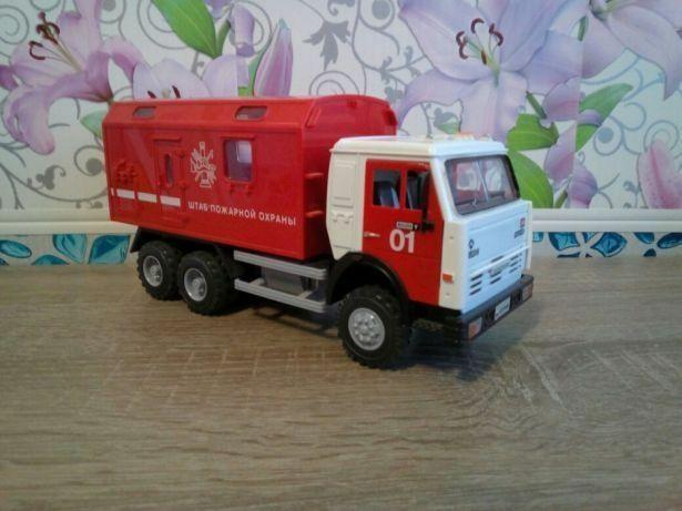 Автомодель КАМАЗ-6520 Пожарный штаб