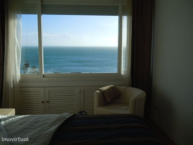Zona muito calma junto ao mar com vista fabulosa.