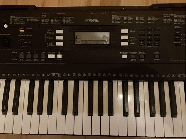 Keyboard YAMAHA PSRE343