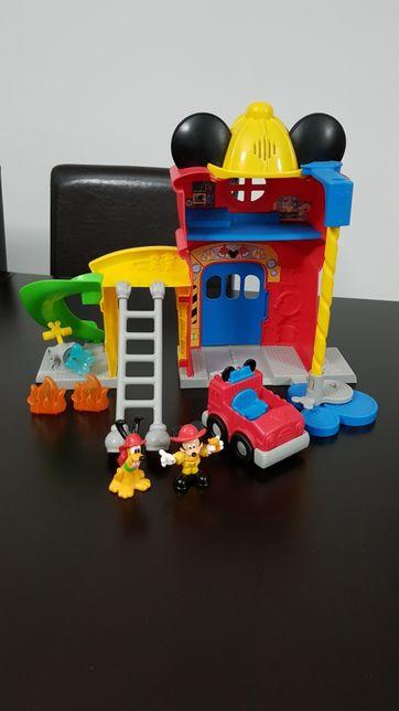 Quartel dos bombeiros Mickey Mouse