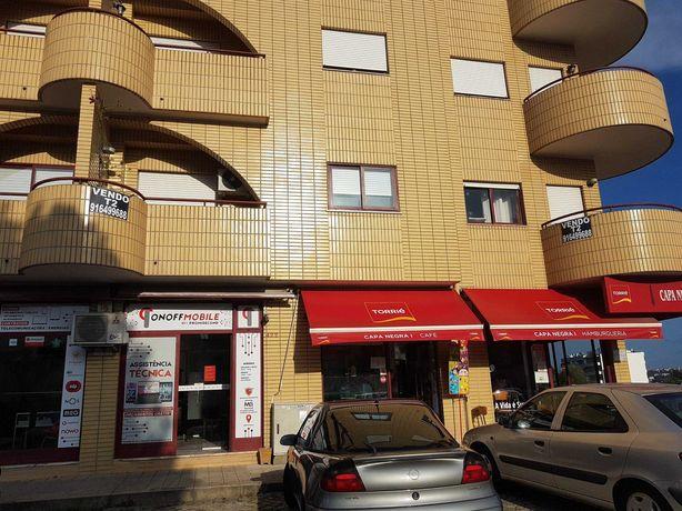 Apartamento em Rio Tinto bem localizado