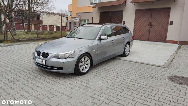BMW Seria 5 BMW e61 525D niski przebieg zadbana lekko uszkodzona