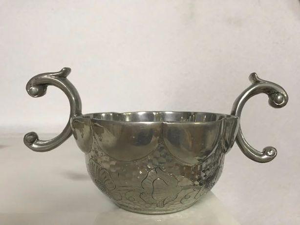 Taça em metal, artesanato português