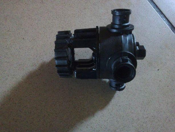 Głowica opryskiwacza 4-pozycyjna na rurę 20mm, otwór 10mm Quadris, Seg