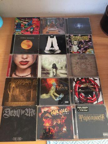CDs e DVDs Musicais a bom preço!