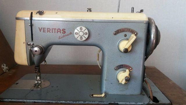 Швейная машинка Veritas ножная, с электроприводом