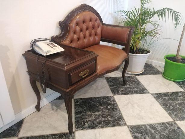 Móvel para telefone com banco