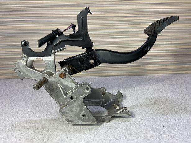Педаль Тормоз на БМВ Е39 АКПП Рестайлинг 6751167