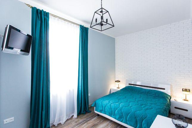 Розкішні апартаменти для пари, вул. Залізнична 8, (костел-Ж/Д)