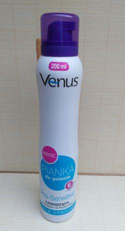 VENUS łagodząca pianka do golenia z aloesem i D-pantenolem 200 ml