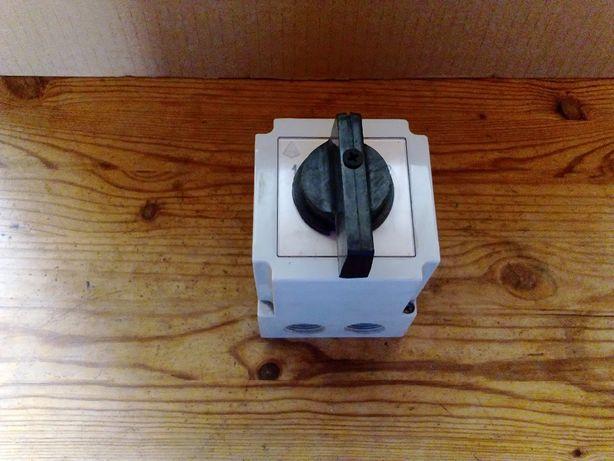 Łącznik krzywkowy Apator 4G25-75-PK