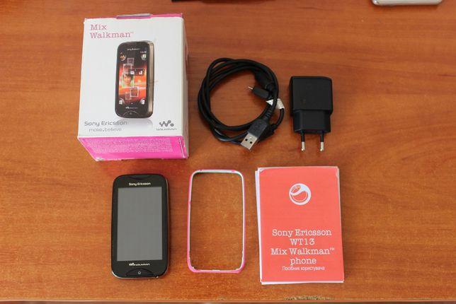 Мобильный телефон Sony Ericsson Walkman WT13i