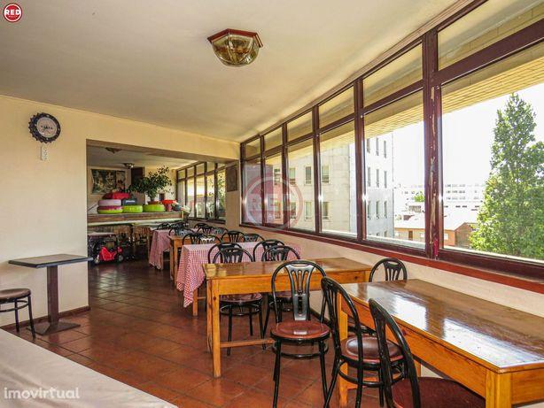 Restaurante/Pizzaria há mais de 25 anos no centro de Gaia