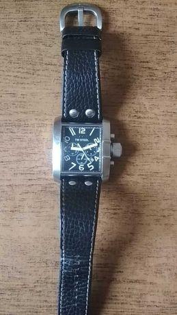 Наручные часы TW STEEL